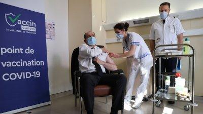 Франция насърчава ваксиниране в един ден - срещу грип и ковид