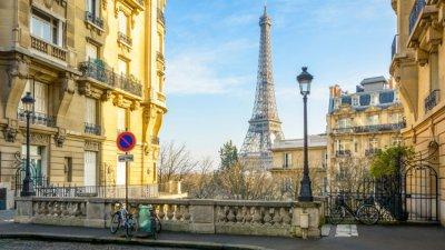 Париж раздава по €100 на французите за справяне с енергийната криза