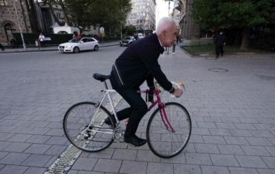Волен Сидеров на протест пред Президентството
