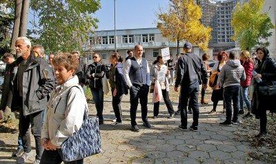 Протестиращи от Пловдив: Зелените сертификати нарушават нашите права и свободи