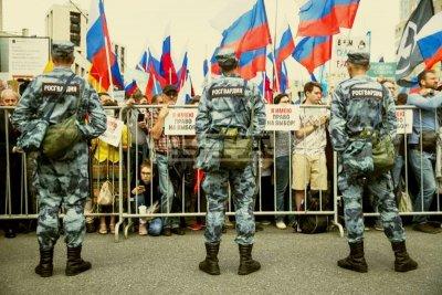 Над 10 000 души на протест в Москва