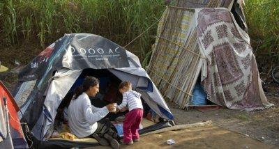 Италия обмисля закриване на ромски лагери в страната