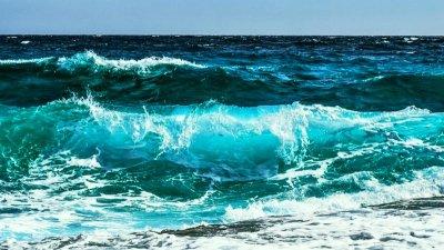 Драма: Морето погълна 18-годишно момче в Поморие