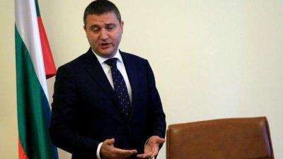 Горанов към БСП: Ако целите омаскаряване на ГЕРБ, не забравяйте за бумеранга