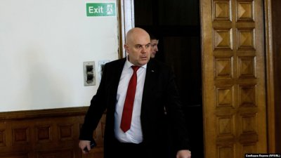Следователи подкрепиха Иван Гешев за главен прокурор