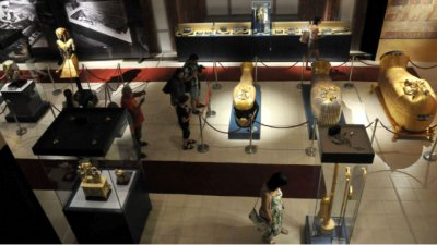 Египет реставрира ковчега на фараона Тутанкамон