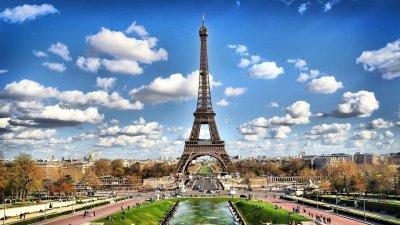 Френският министър на културата призова сънародниците си да говорят на френски