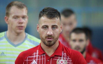 Гриша Ганчев остави Бодуров да държи съблекалнята, а той я разруши!
