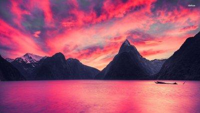 Какво се крие зад розовото езеро? (СНИМКИ)