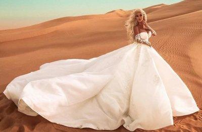 Андреа се жени... за себе си