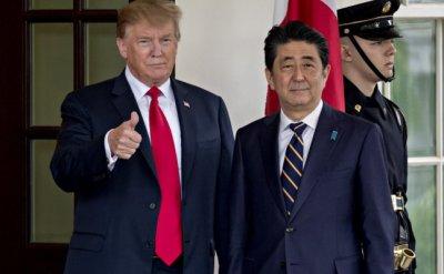 Тръмп убеди Шиндзо Абе Япония да купува още американска царевица