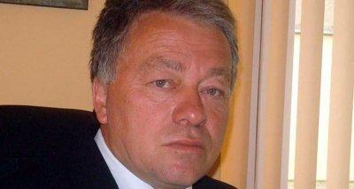 Докато Перник диша отрови, шефът на РИОСВ се пече на плажове в Европа