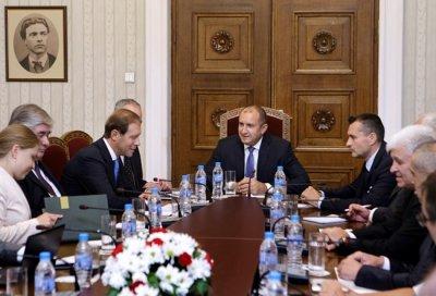 Радев: Застоят в отношенията с Русия е в миналото