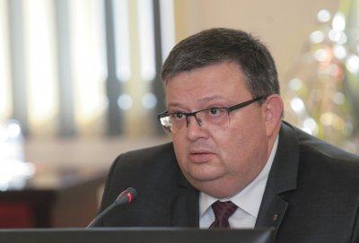 Цацаров потвърди подкрепата си за Гешев за главен прокурор