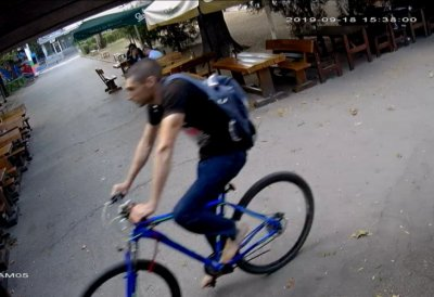 Супер нагла кражба на велосипед в центъра на София