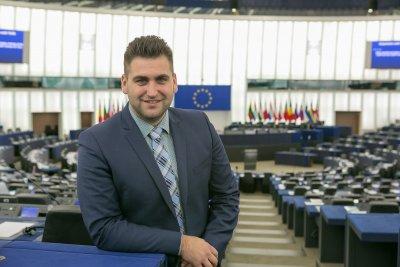"""Британците надделяха за пакет """"Мобилност"""", макар че напускат Европарламента"""
