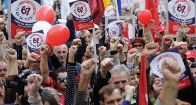 Хърватия сваля възрастта за пенсиониране от 67 на 65 години