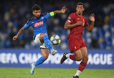 Шампионът Ливърпул рухна в Неапол, домакински издънки за Челси и Интер