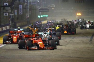 Двойна победа за Ферари в Сингапур