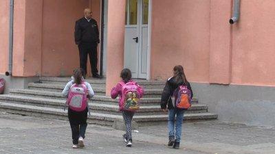 Истерията в Сливен е предизборна психоза, смятат експерти