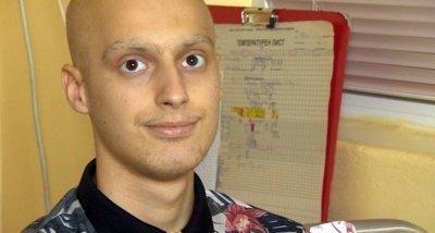 Отказаха животоспасяващи лекарства на онкоболен младеж