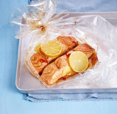 Джинджифилова сьомга с мед и соев сос