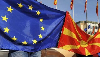 Отлагат се преговорите с Тирана и Скопие за членство в ЕС