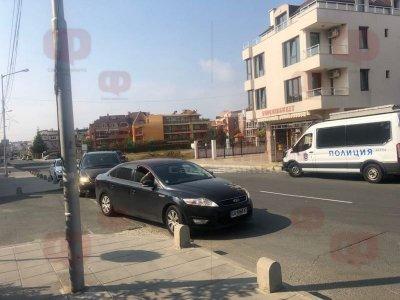 Блокада! Полиция обискира дома на кмета на Несебър