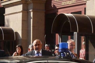 Премиерът зове за бързо и дипломатично решение за Сирия