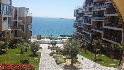 Разпродават на безценица апартаменти по Черноморието