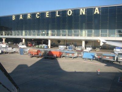 """Протест блокира Терминал 1 на летище """"Ел Прат"""" в Барселона"""