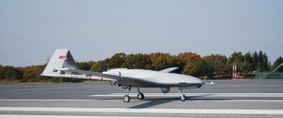 Турция въоръжава Украйна с дронове