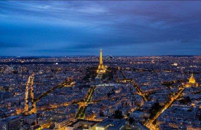 Франция се жалва: Туристите намаляват