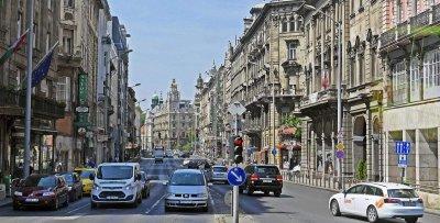 За левия завой на Будапеща и промяната на София