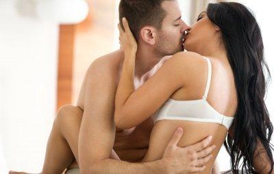 Секс три пъти седмично пази от инфаркт