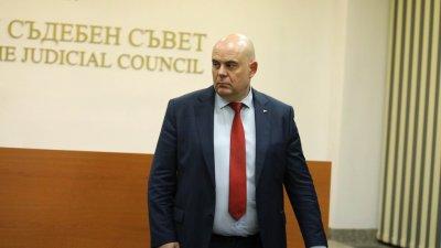 Гешев: Изборът ми за главен прокурор не е политически