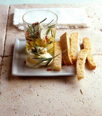 Мариновано сирене с люта чушка и чесън