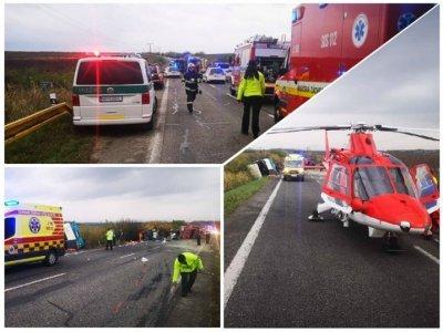 Най-малко 13 души загинаха при тежка катастрофа в Словакия