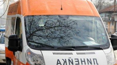 Мъж загина, а жена е тежко ранена при катастрофа в Ловешко