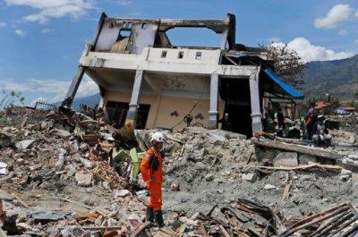 Адски трус – 7,4 по Рихтер удари Индонезия