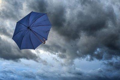Облаци и дъжд обхващат страната