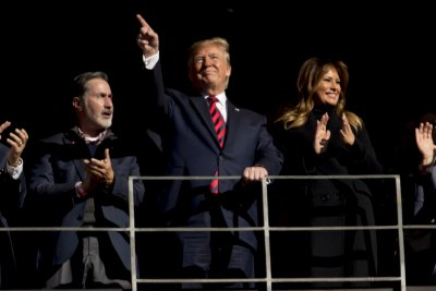 Доналд Тръмп приема шефа на НАТО в Белия дом