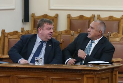 Каракачанов за шпионския скандал в Сърбия: Използват България като патица за отвличане на вниманието