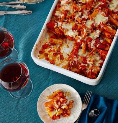 Макаронада с тиква и доматен сос