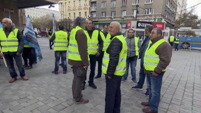 Собственици на малки бензиностанции пак протестират