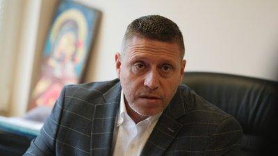 Шефът на Авиоотряд 28: Кацането на Борисов е било опасно