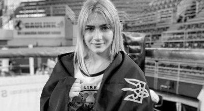 Влак прегази 18-годишна шампионка по бокс
