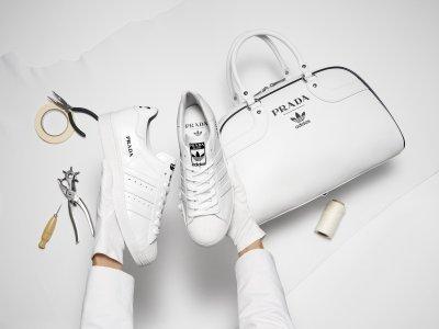 """Официално: """"Прада"""" и """"Адидас"""" правят заедно маратонки и чанти"""