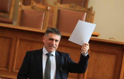 Правосъдният министър: Няма да се извинявам на съдии