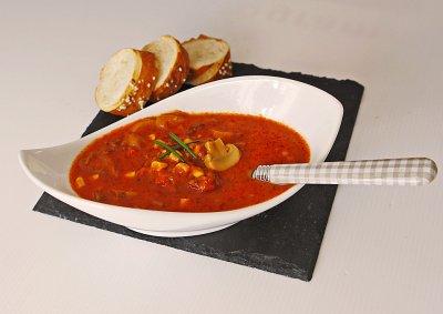 Супа с кайма, гъби и царевица